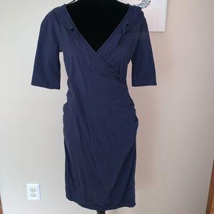 Old navy maternity body con ruffled V neck dress